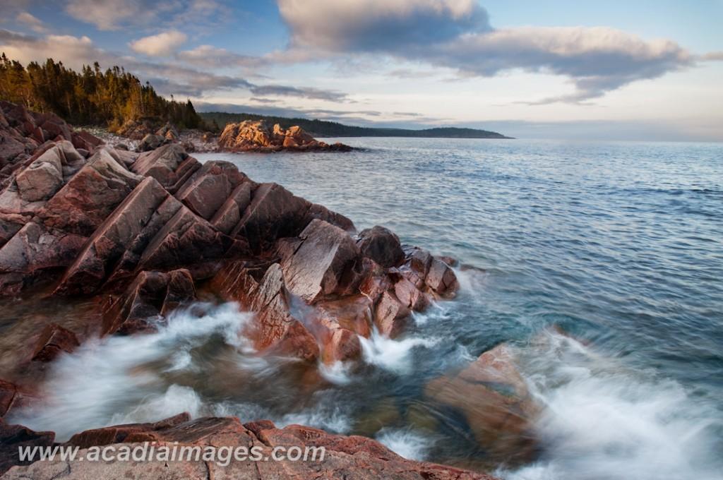Waves crash along the shore of lake superior at Terrace Bay, ON